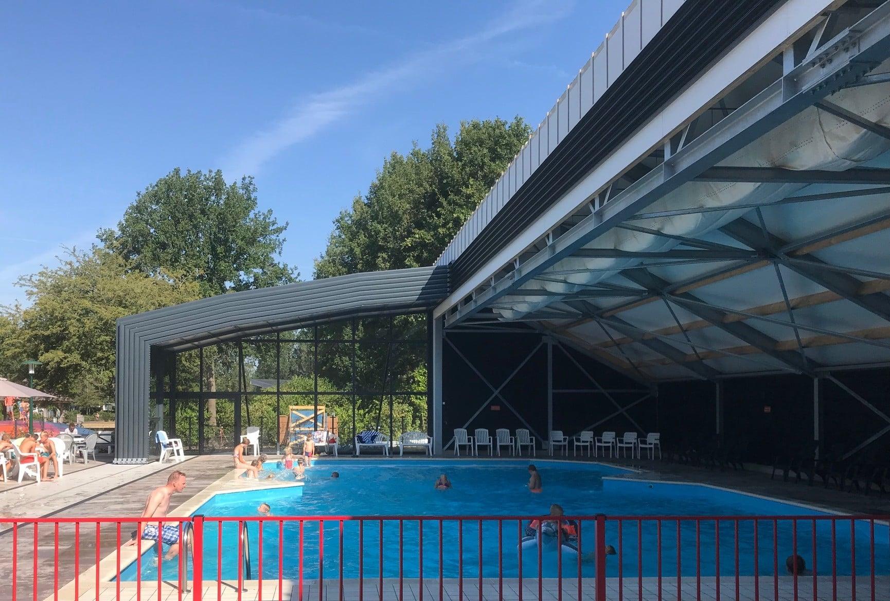 Zwembad overkappingen voor professionals - Rheezerveen, Nederland